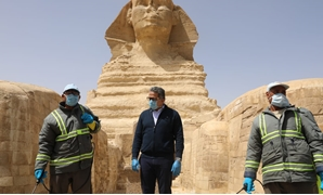 Egyptian Minister of Tourism and Antiquities Khaled el-Anani was keen to inspect all the sterilization and disinfecting process carried out in all archaeological and touristic sites in Egypt - ET