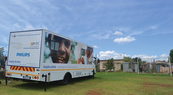 Since May, a mobile clinic has been rolling into Diepsloot several times a week and parking on a field of fenced-off manicured grass to provide primary healthcare that focuses on dental and child and mother care.